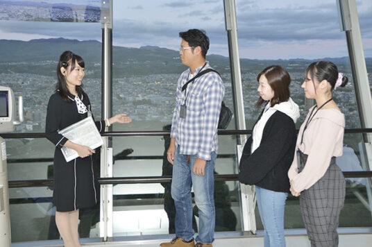 『五稜郭歴史ガイドツアー』毎日催行中です☆ (所要時間約30分)